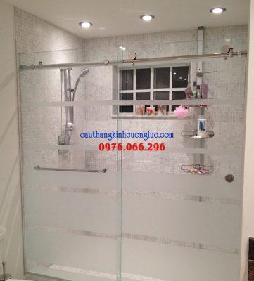 Cabin tắm đứng vách kính